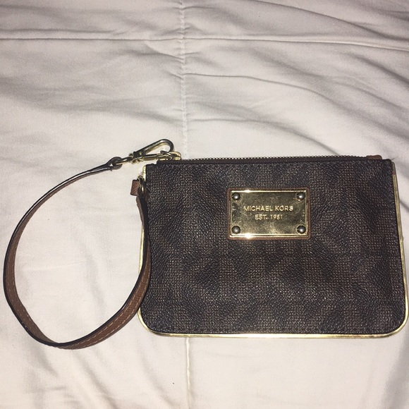 Michael Kors Handbags - Wristlet